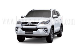 indonesian-car-rental-fortuner